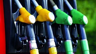 Argentina freezes fuel prices