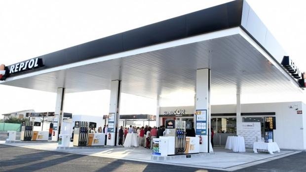España: Grupo Glem inaugura nueva estación Repsol