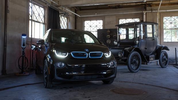 EE.UU.: BMW dona 100 estaciones de carga de vehículos eléctricos a los Parques Nacionales
