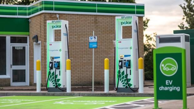 BP Chargemaster lanza sistema de carga ultrarrápida en las estaciones de servicio de BP en todo el Reino Unido