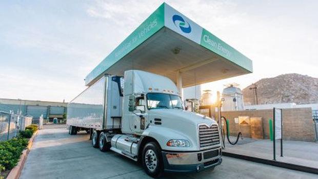 Clean Energy Fuels anuncia nuevos acuerdos de GNR