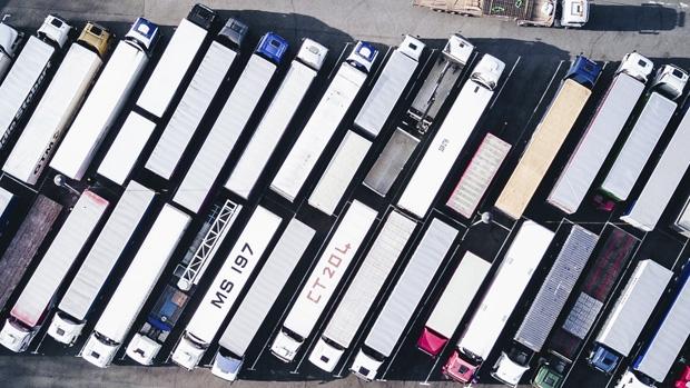 ACEA reclama 90.000 puntos de carga para camiones eléctricos en la UE para 2030