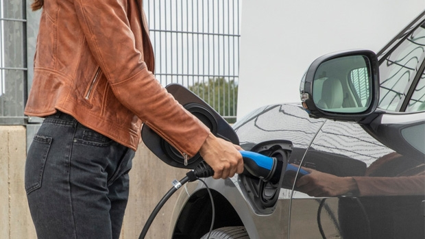 Spain: Endesa installs charging points at Gacosur fuel stations in Andalusia