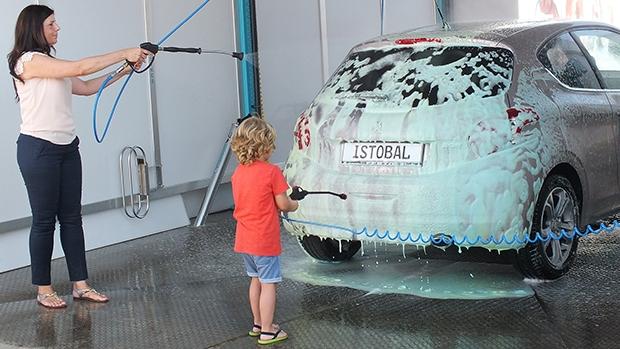 Jet wash gun for children